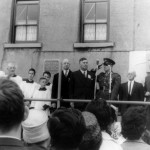 President Éamon de Valera unveiling the plaque at the home of Major John MacBride 1966